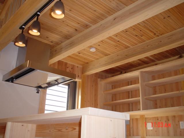 06_糸永邸キッチン天井の写真