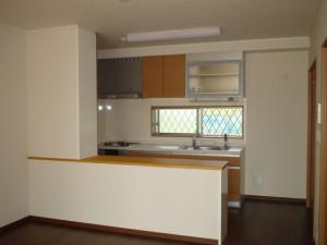 1階のキッチン (2)